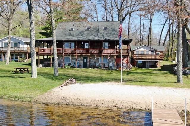 16211 Pretty Lake Drive, Martiny Twp, MI 49332 (#72021020675) :: RE/MAX Nexus