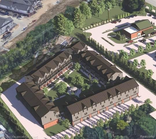 3985 Trailway Commons Circle #26, Auburn Hills, MI 48326 (#2210042186) :: Alan Brown Group