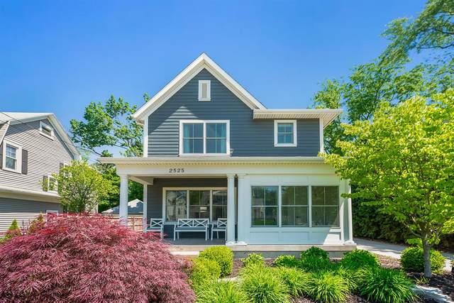 2525 Lake Drive SE, EAST GRAND RAPIDS, MI 49506 (#65021020896) :: Real Estate For A CAUSE