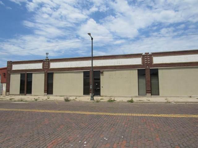 155 W Wall Street, Benton Harbor, MI 49022 (#69021020994) :: Alan Brown Group