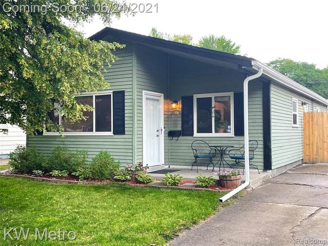 1762 E Granet Avenue, Hazel Park, MI 48030 (#2210043841) :: The BK Agency
