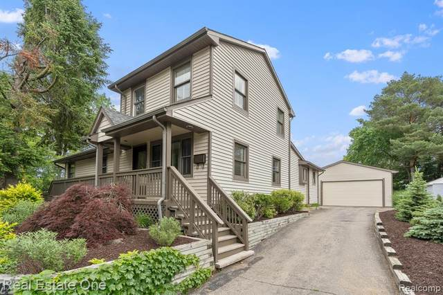 214 Oak Street, Rochester, MI 48307 (#2210043972) :: The Alex Nugent Team | Real Estate One