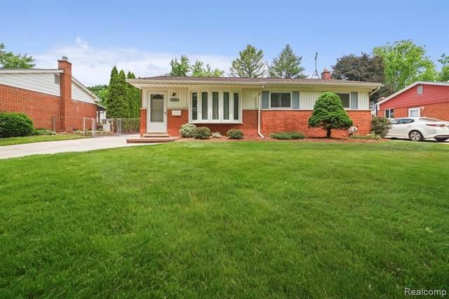 529 Rewold Drive, Rochester, MI 48307 (#2210044257) :: The Alex Nugent Team | Real Estate One