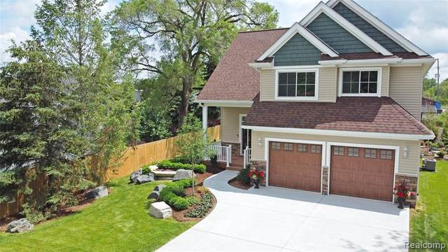 108 Bevin Drive, Holly Vlg, MI 48442 (#2210044271) :: Real Estate For A CAUSE