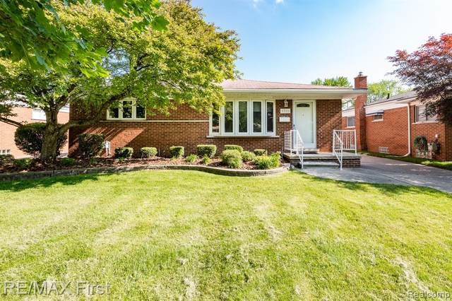 1311 Beaupre Avenue, Madison Heights, MI 48071 (#2210044650) :: Robert E Smith Realty