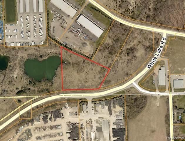 8354 White Lake Road, Springfield Twp, MI 48346 (#2210044820) :: Alan Brown Group