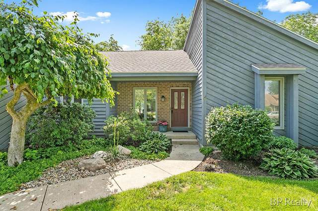 7277 Rollinghills Drive, Georgetown Twp, MI 49426 (#65021022133) :: Duneske Real Estate Advisors