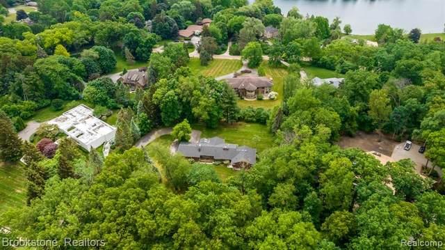 1455 Lone Pine Road, Bloomfield Twp, MI 48302 (#2210044892) :: Alan Brown Group