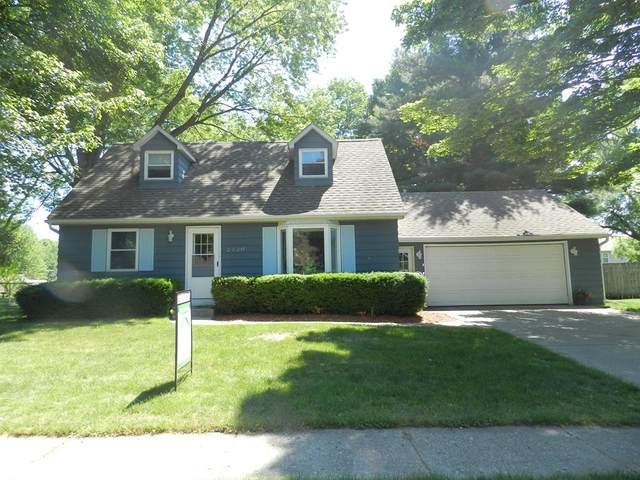 2420 Chaparral Street, Kalamazoo Twp, MI 49006 (#66021022172) :: Duneske Real Estate Advisors