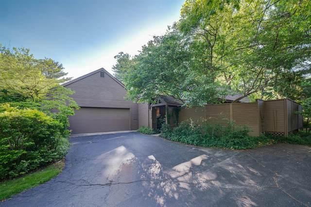 919 Essex Circle, Kalamazoo, MI 49008 (#66021022230) :: Duneske Real Estate Advisors