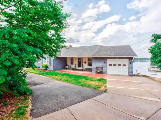 637 N Kalamazoo Street, Paw Paw Vlg, MI 49079 (#66021022295) :: Duneske Real Estate Advisors