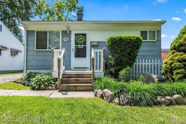 49 W Colgate Avenue, Pontiac, MI 48340 (#2210045085) :: Duneske Real Estate Advisors
