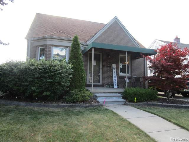 1344 23RD Street, Wyandotte, MI 48192 (#2210045099) :: Novak & Associates