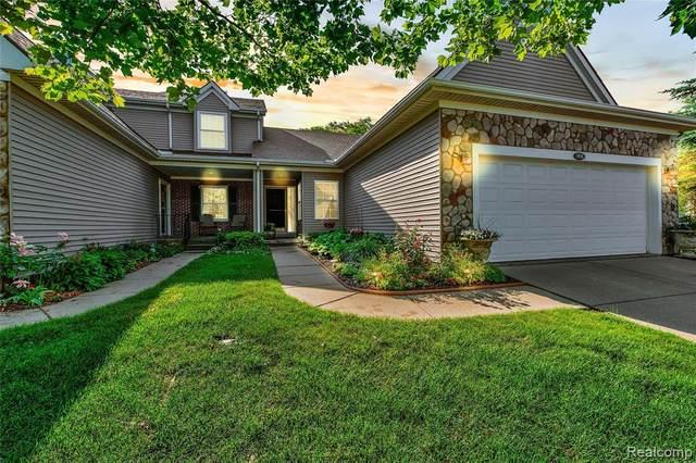 3576 Grove Lane #55, Auburn Hills, MI 48326 (#2210045136) :: Novak & Associates
