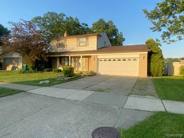 27331 Oakcrest Dr, Brownstown Twp, MI 48183 (#2210045244) :: GK Real Estate Team