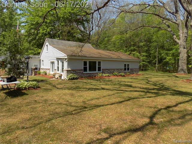 3439 Abbottsford Road, Clyde Twp, MI 48049 (#2210045251) :: Real Estate For A CAUSE