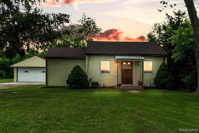 6591 Ball Road, Romulus, MI 48174 (#2210045264) :: Real Estate For A CAUSE