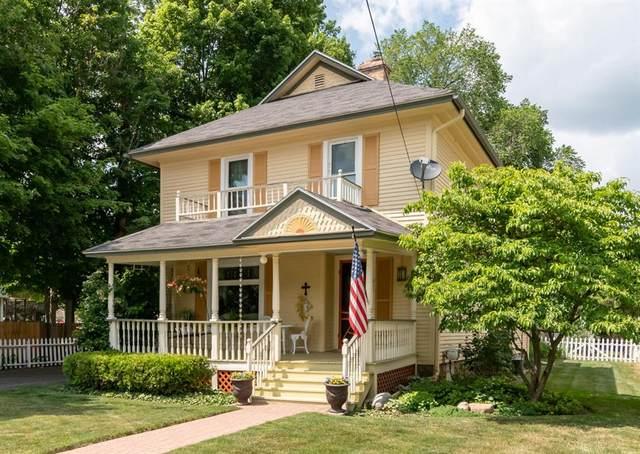 217 E Eliza Street, Schoolcraft Vlg, MI 49087 (#66021022418) :: Real Estate For A CAUSE