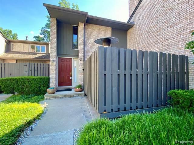 41350 Woodward Avenue #2, Bloomfield Hills, MI 48304 (#2210045330) :: Alan Brown Group
