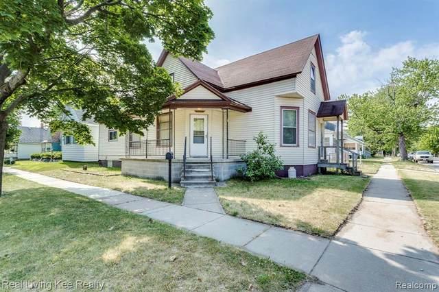 1902 9TH Street, Port Huron, MI 48060 (#2210045483) :: RE/MAX Nexus