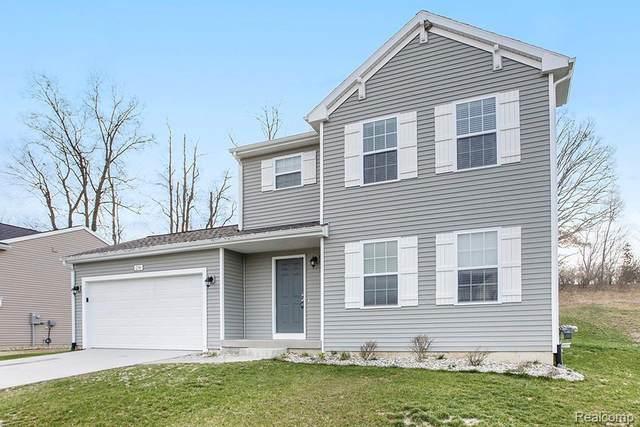 3072 Hill Hollow Lane, Howell Twp, MI 48855 (#2210045658) :: Real Estate For A CAUSE