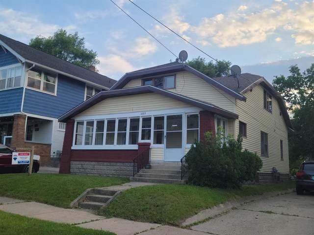 1023 Widdicomb Avenue NW, Grand Rapids, MI 49504 (#65021022552) :: The Mulvihill Group