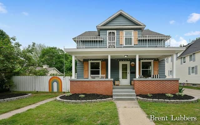 250 E Lincoln Avenue, ZEELAND, MI 49464 (#71021022576) :: Real Estate For A CAUSE