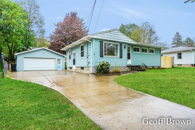 1532 50th Street SW, Wyoming, MI 49509 (#65021022591) :: Real Estate For A CAUSE