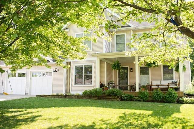 105 Orchard Drive, South Haven, MI 49090 (#65021022639) :: Real Estate For A CAUSE