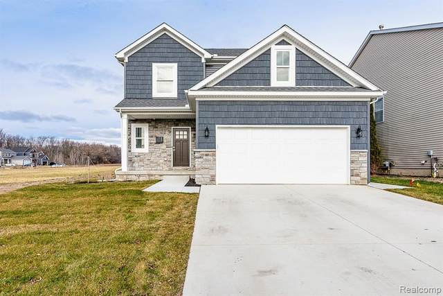 3825 Sloan Drive, Holly Twp, MI 48442 (#2210046060) :: Real Estate For A CAUSE