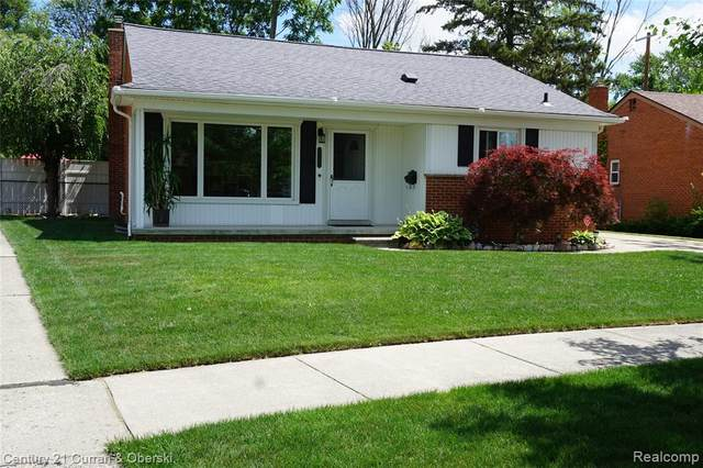8150 Whitefield Street, Dearborn Heights, MI 48127 (#2210046083) :: Real Estate For A CAUSE