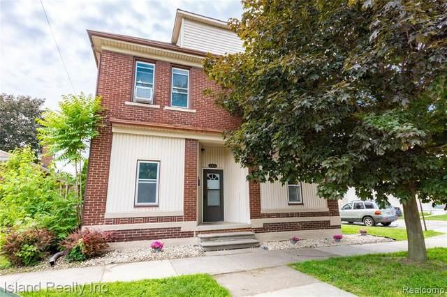 2366 10TH Street, Wyandotte, MI 48192 (#2210046300) :: GK Real Estate Team