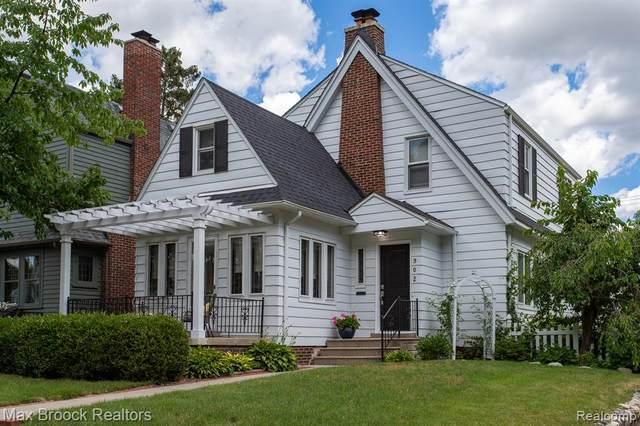 902 Forestdale Road, Royal Oak, MI 48067 (#2210046486) :: Duneske Real Estate Advisors
