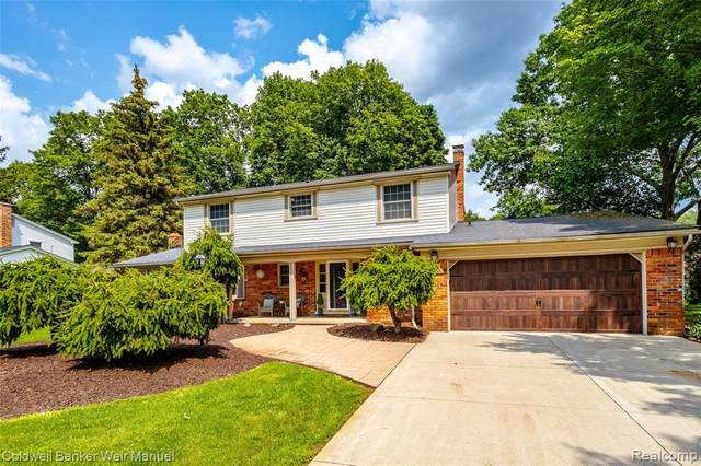 23066 Balcombe, Novi, MI 48375 (#2210046532) :: Duneske Real Estate Advisors