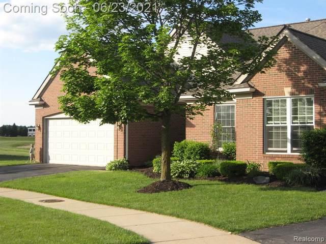 370 Golf Villa Drive, Oxford Twp, MI 48371 (#2210046630) :: Real Estate For A CAUSE