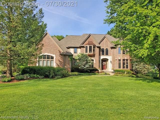 3590 Mountain Laurel Court, Oakland Twp, MI 48363 (#2210046826) :: The Alex Nugent Team | Real Estate One