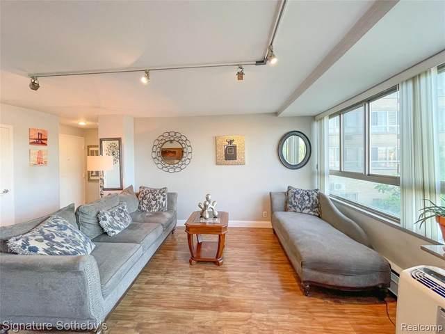 8900 E Jefferson Avenue #131, Detroit, MI 48214 (#2210047027) :: Real Estate For A CAUSE