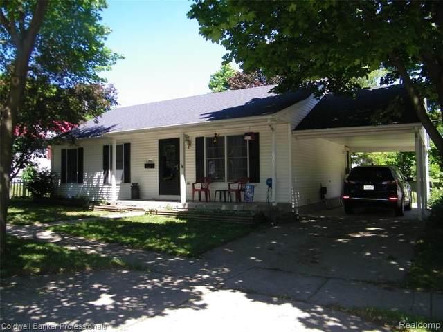 632 N Washington Street, Lapeer, MI 48446 (#2210047044) :: Real Estate For A CAUSE