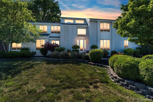 994 Saint James Park Avenue, Monroe Twp, MI 48161 (#2210047058) :: Real Estate For A CAUSE