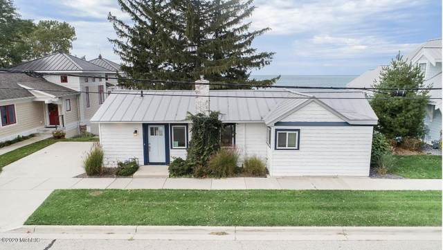 752 Monroe Boulevard, South Haven, MI 49090 (#71021023269) :: Real Estate For A CAUSE