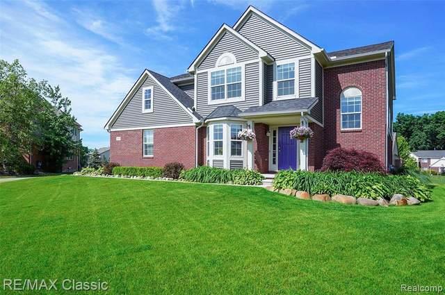30029 Magnolia Drive, Lyon Twp, MI 48165 (#2210047197) :: Duneske Real Estate Advisors