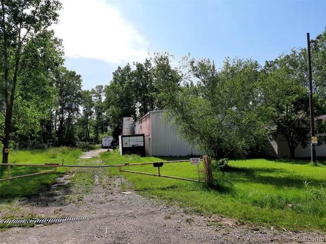 16620 Vining Road, Romulus, MI 48174 (#2210047283) :: RE/MAX Nexus