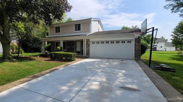 422 Randall Drive, Troy, MI 48085 (#2210047291) :: Alan Brown Group
