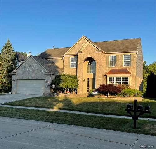 48632 Tanglewood Drive, Macomb Twp, MI 48044 (#2210047340) :: GK Real Estate Team