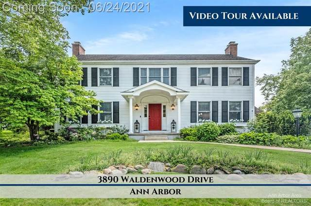 3890 Waldenwood Drive, Ann Arbor, MI 48105 (#543281908) :: Real Estate For A CAUSE