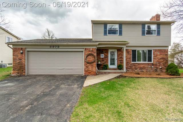 8973 Glasgow Drive, White Lake Twp, MI 48386 (#2210047496) :: Real Estate For A CAUSE
