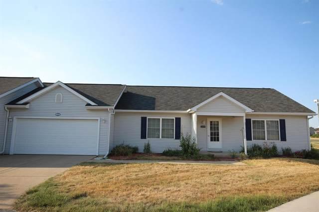 1004 W Villas Drive, Vicksburg Vlg, MI 49097 (#66021023528) :: Real Estate For A CAUSE