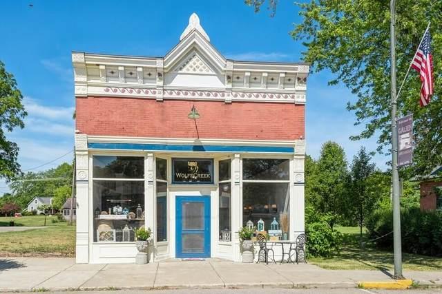 118 N Cleveland Avenue, Weesaw Twp, MI 49113 (#69021023679) :: Keller Williams West Bloomfield
