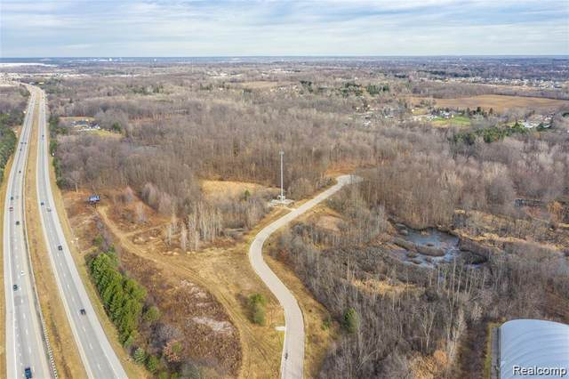 7334 Grand Parkway, Mundy Twp, MI 48439 (#2210048139) :: BestMichiganHouses.com