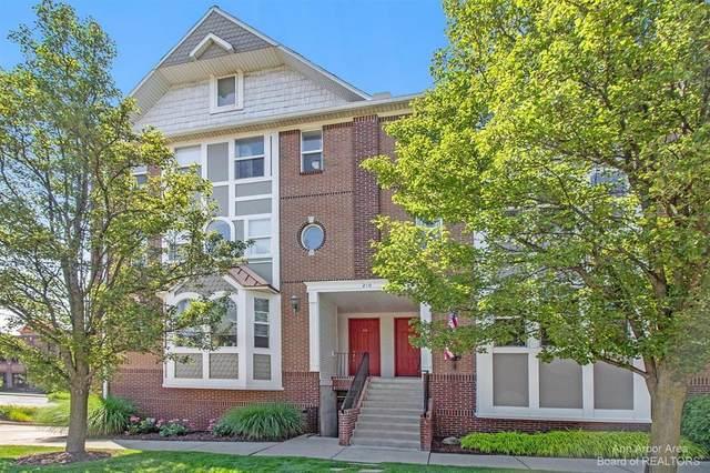 210 N State Street #24, Howell, MI 48843 (#543281984) :: Novak & Associates
